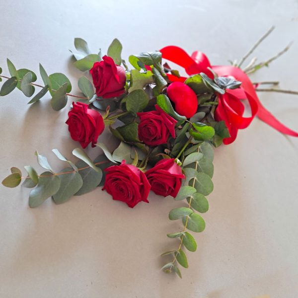 5-roses-rouges
