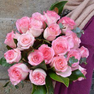 bouquet-de-roses-pastel