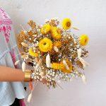 bouquet-jaune-fleurs-sechees