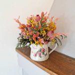 centro-colorido-flores-secas