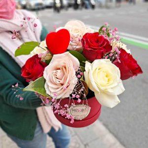 rosas-en-caja-roja